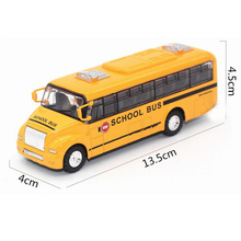 1:32 Yellow School Bus Diecast Model Toy Pull Back Action Openable Door w/ Light(China)