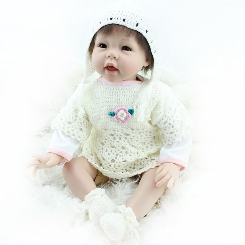 50-55cm Handmade Silicone Reborn Baby Doll Soft Touch Body Lifelike Cute Doll Baby Reborn with Clothes Baby Alive Free Shipping<br><br>Aliexpress