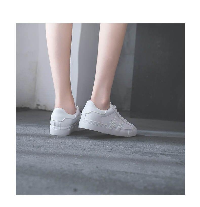 حذاء نساء لون ابيض 34