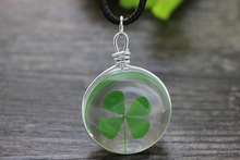 wholesale 10pcs/lot Natural real Four Leaf Clover necklace transparent Glass bottle charm pendant Necklace(China)