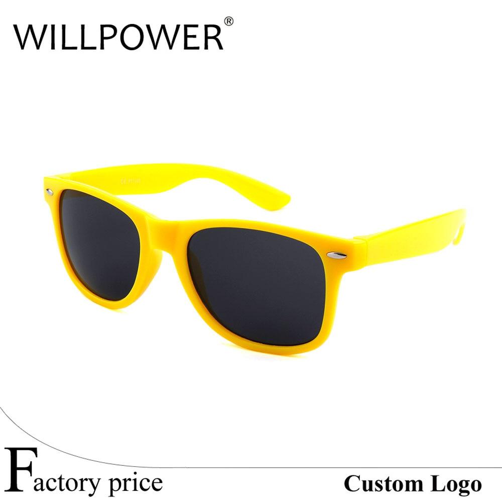 Оптовая продажа Лидер продаж модный стиль дешевые пластиковые партии солнцезащитные очки(China (Mainland))