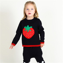 Baby Girl Sweater 2016 New Winter Toddler Girls Strawberry Pattern Knit Sweaters Long Sleeve Crochet Pullovers Children Outwear