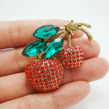 Cheap Brooch Vintage Style Cherry Fruit Gold Tone Little Brooch Pin(China)