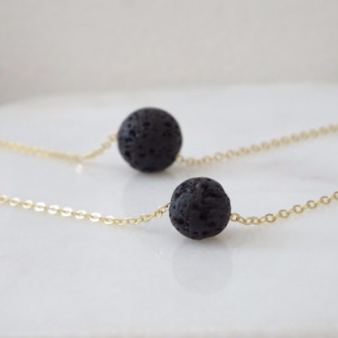 Shellhard Black Lava Stone Necklaces Vintage Multilayer Chain Essential Oil Diffuser Rock Beads Pendant Necklace Women Jewelry