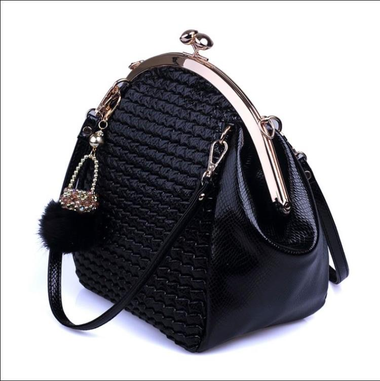 womens fashion handbag genuine cowhide leather handbag one shoulder cross-body womens bags clip shell bag<br>