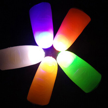 1 PC Color Random LED Finger Light Glowing Dazzle Colour Laser Emitting Finger Ring Beams Ring Torch