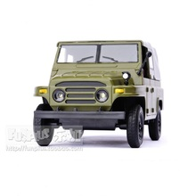 High Simulation Exquisite Model Toys: Car Styling Nostalgic Retro 212 Beijing Jeep 1:32 Alloy Military Vehicle Model Best Gift