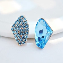 New Fashion Full Bling Triangle lining Earrings For Women Multicolor Austrian Crystal Stud Earrings Jewelry female