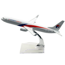 Airplane Malaysia Airlines B737-800 Airlines passenger plane alloy model 16cm/6.3in