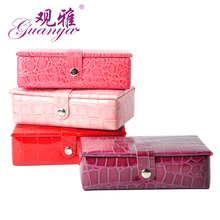 2017 New Crocodile Pu leather jewelry box small jewelry casket Fine earring storage box for woman Portable gift box(China)