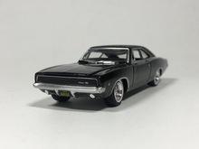Greenlight 1:64 1968 Dodge Charger R/T Diecast car model
