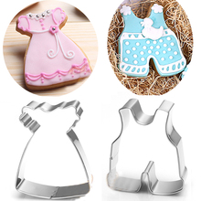 2pcs Baby shower cookie cutter boy clothings and girl dress party patisserie gateau biscuit mold pastry bakeware bread mould
