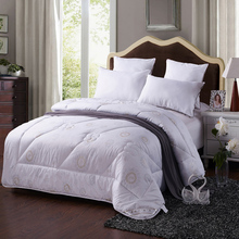 Winter Wool Comforter White King Quilt Queen Duvet Bedding for Winter Wedding Warm Soft 200*230cm 220*240cm Full Pink Red Thick(China)