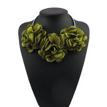 Handmade Green Grey Pink Fabric Flower Choker Necklace Fashion Indian Jewelry New 2016 Pendant Girl Woman Accessories Gift