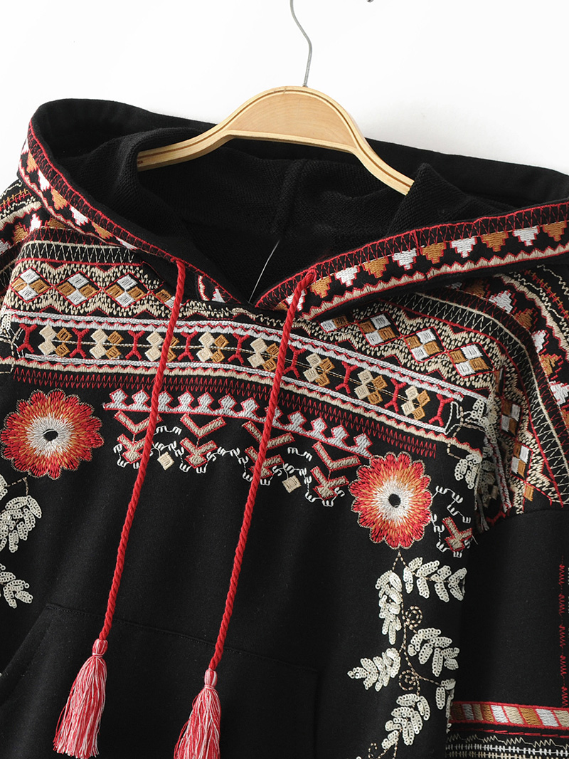 ShejoinSheenjoy Hooded Long Sleeve Loose Hoodies Women Fashion Black Vintage Floral Geometric Embroidery Sweatshirt Pullovers (11)