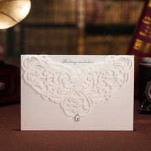 100pcs Classic Style Wedding Invitations Cards Custom With Rhinestone & Laser Cut Flower,Printable / Customizable, CW3129(China)