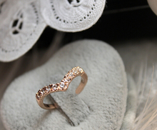 2014V-shaped unique design models imitation pinkie ring tail ring