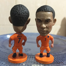 Soccerwe 2017 Season 2.55 Inches Height Football Player Dolls Netherlands Number 7 Memphis Figure Orange for Hot Sales