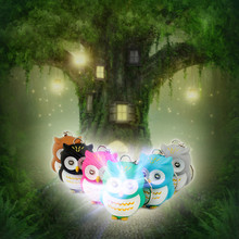 Novelty Cute Pink Blue Light Up Hooking led Owl light Keyring Fun Flashlight Keychain Party Sound Novelty child toys wholesale