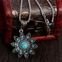 Graceful Hollow Flower Tuquoise Necklaces Tibetan Silver Pendants Fashion Crystal Jewelry Vintage Style Women Antique Accessory