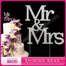 new arrival Mr&Mrs wedding cake topper,wedding decoration,rhinestone cake topper for wedding cake,free shipping(China)