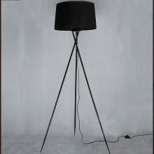 New Modern Minimalist 3 Leg Tripod Floor Light Fabric Shade Creative Standing Floor Lamp For Living Room Stands Lamps FL8