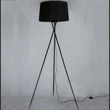 New Modern Minimalist 3 Leg Tripod Floor Light Fabric Shade Creative Standing Floor Lamp For Living Room Stands Lamps FL8(China)