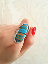 Long oval malachite ring, the fate of stone, each of the natural texture are different, mind don't buy, in gift box ALW1556