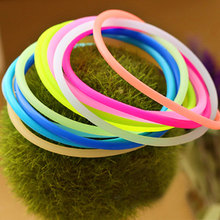 2017 5pcs Women Adult Solid Elastic Hair Bands Hot New Fashion Luminous Silicone Bracelet Hair Ring Rope Rubber Band