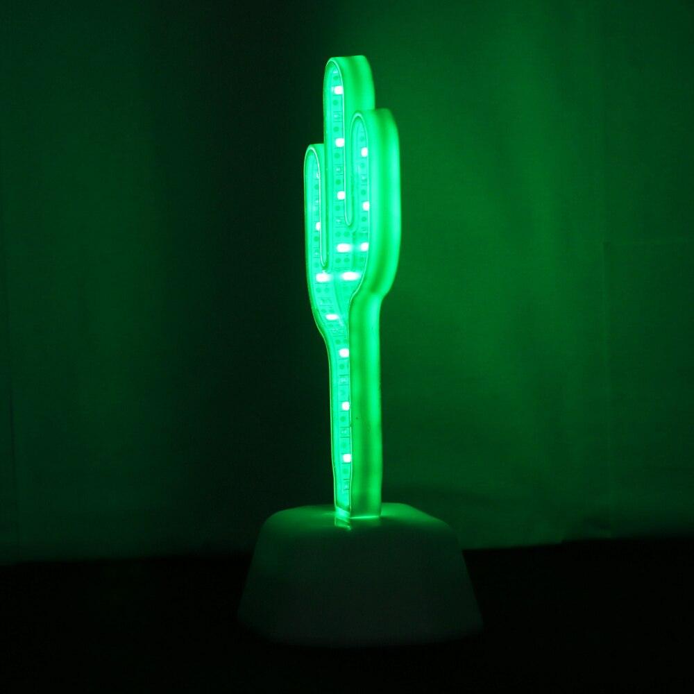 lampe cactus de profile