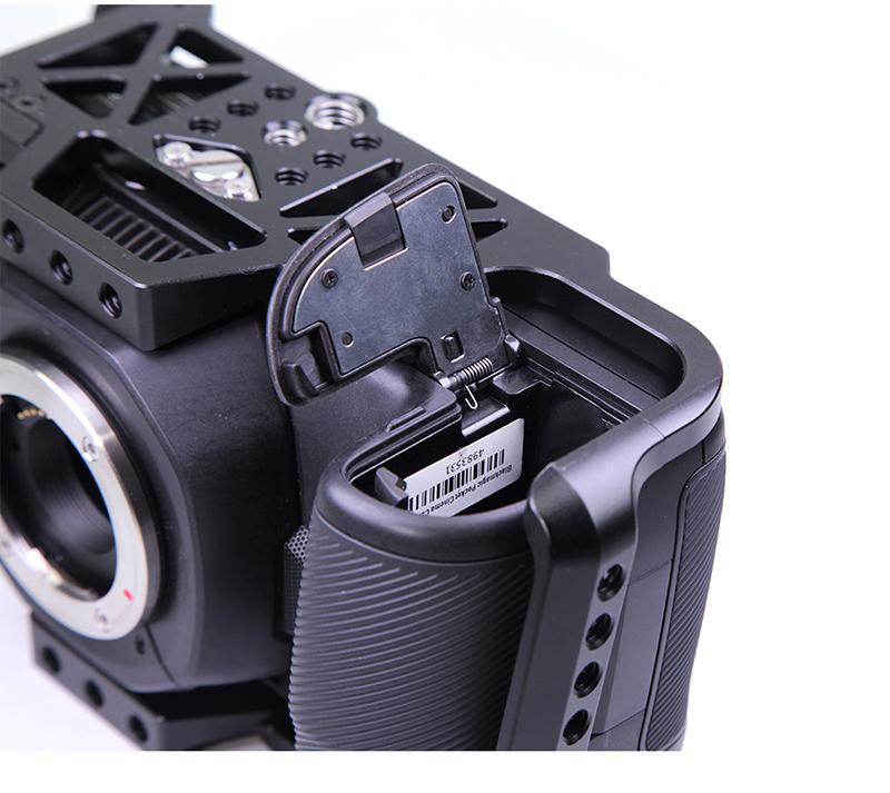 BMPCC-4k-camera-full-cage_10