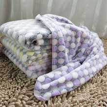 4 Colors Warm Dog Bed Mat Cover Dogs Cats Pet Blanket Fleece Towel Paw Handcrafted Print Dog House Puppy Bed Winter Pet Supplies