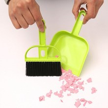 Hot sell desktop clean sweep keyboard small broom dustpan for desk tables dinner office computer chean free shipping