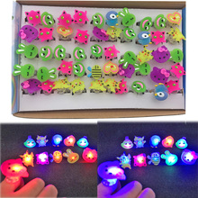 24pcs/lot Random Kids Toy Led LED Flashing Light Ring Blinking Party Soft Rave Glow Jelly Finger Rings led party supplies