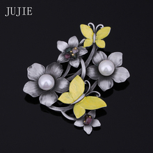 JUJIE Vintage Yellow Butterfly Brooches For Women Scarf Simulated Pearl Flower Pins Pendants Multicolor Nature Stone Brooches