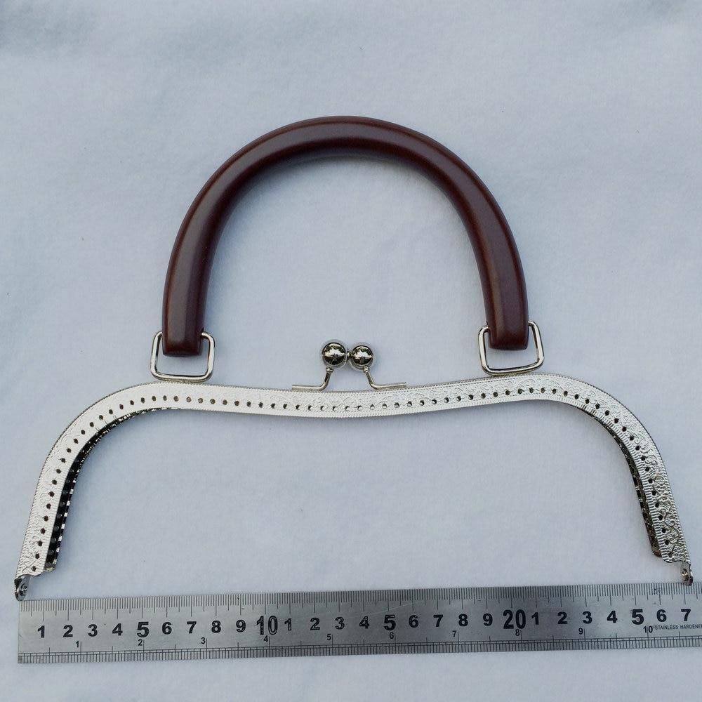 silver metal clasp