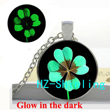 Glowing Pendant Four Leaf Clover Necklace Four Leaf Clover Pendant Glow in The Dark Jewelry Necklace