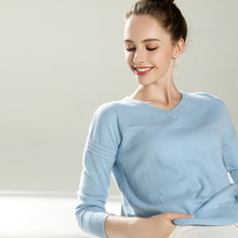 2017 new arrive women sweater V-neck pullover sweater female basic shirt 100% pure cashmere sweater ladies clothes
