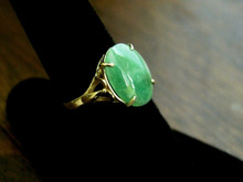 free shipping  11308       Stunning Vintage Apple Green A  Jadeite  Ring