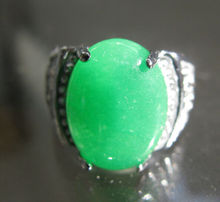 free shipping 00652   2pc JEWELRY RING SIZE8 NATURAL GREEN  THAILAND SILVER RING.