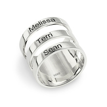 Engraved Three Names Ring Sterling Silver Triple Name Ring for Mother(China)