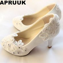 Big discount! Fashion white ivory lace wedding shoes for woman TG224 100% real photos handmade low high heel bridal shoes(China)