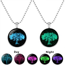 Life Tree Pendant Necklaces Jewelry Fashion Glow In The Dark Statement Necklaces Silver Plated Chain Glowing Collares Neckalces