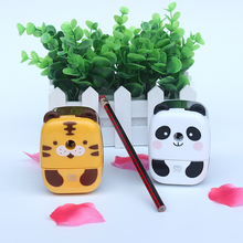 Deli  Lovely animal model pencil sharpeners 0673, The students hand pencil knife,pencil machine kids school supplies
