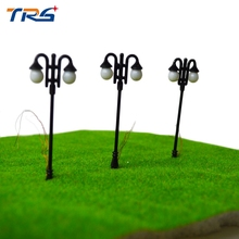 5PCS 7cm Architectural Scale Model Layout Two Head street iron Lights Lamppost Lamp  Model Garden metal Lamps