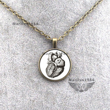 MAZZ-0031 new human heart drawing art photo necklace DIY Cartoon jewelry for friend jewelry accessories