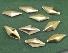 Lowest Price ToP SALE -3D Designs 4*8MM Rhombus Gold Nail Art Decor Rhinestones Tips Metallic Studs - Over 1000 pieces,TYUYU2545