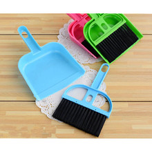 Desktop Cleaning Sets 2 Pieces/Set Mini Broom and Dustpan ABS Home/Office Desktop Cleaning Supplies Keyboard Cleaning Broom