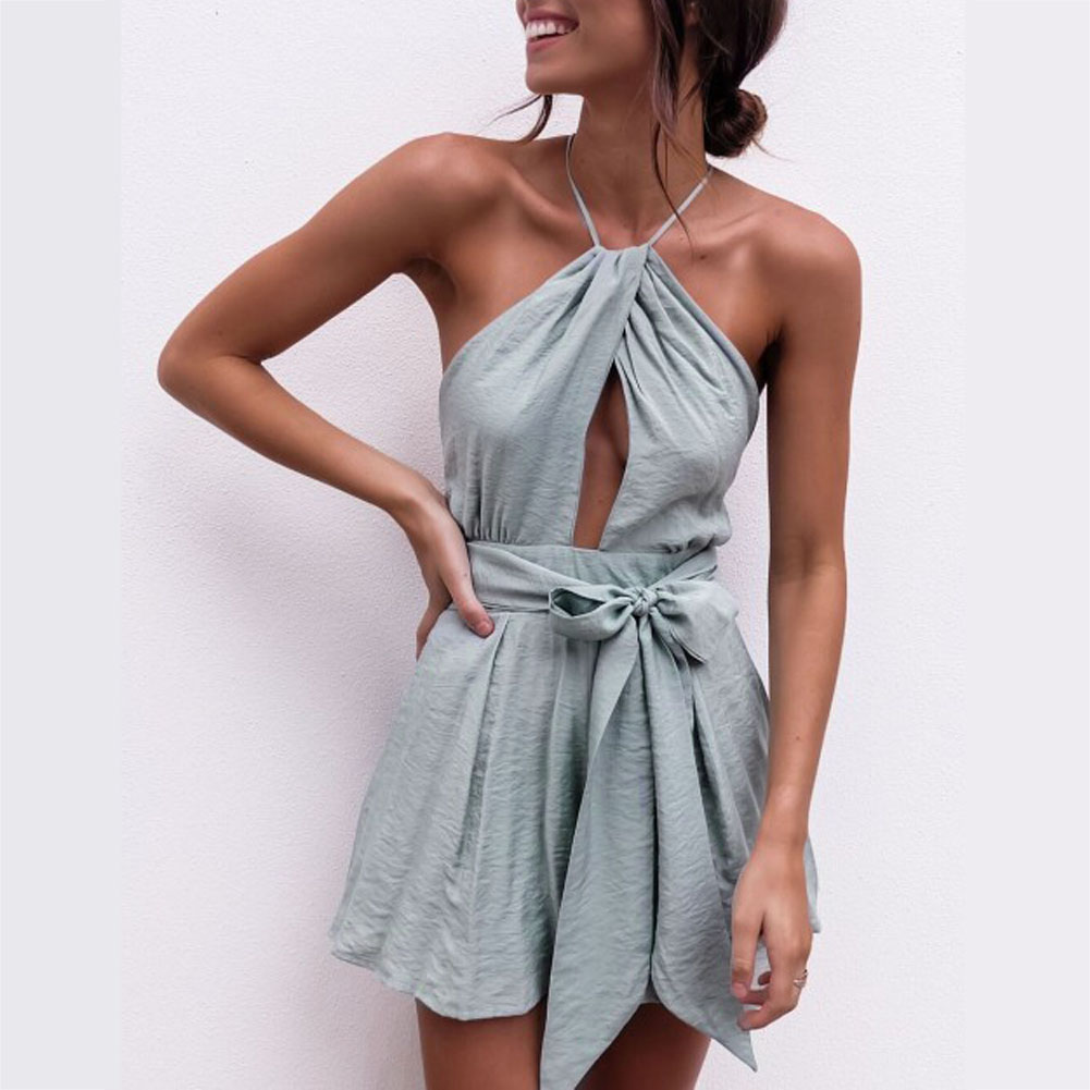 Sexy Halter Neck Playsuit Ruffles Short Jumpsuit Women Elegant Backless Rompers 2018 Boho Beach Playsuit Top Back Cross Jumpsuit