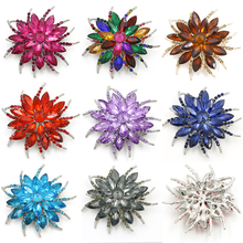 baiduqiandu Brand New Arrival High Quality Shinning Crystal Trendy Flower Brooch Pins Jewelry in Assorted Colors for Women